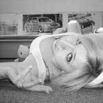 Jolie coquine emo blonde suceuse de …